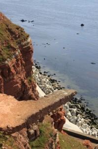Felsenküste von Helgoland mit angrenzender Nordsee